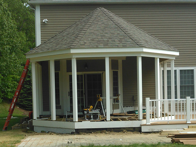 Octagon Screened Porch